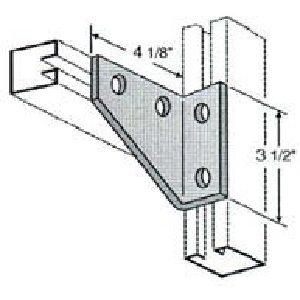 Four Hole Corner Gusset GAF420